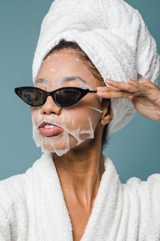 Máscara facial: para que serve, tipos e como usar a queridinha do skincare