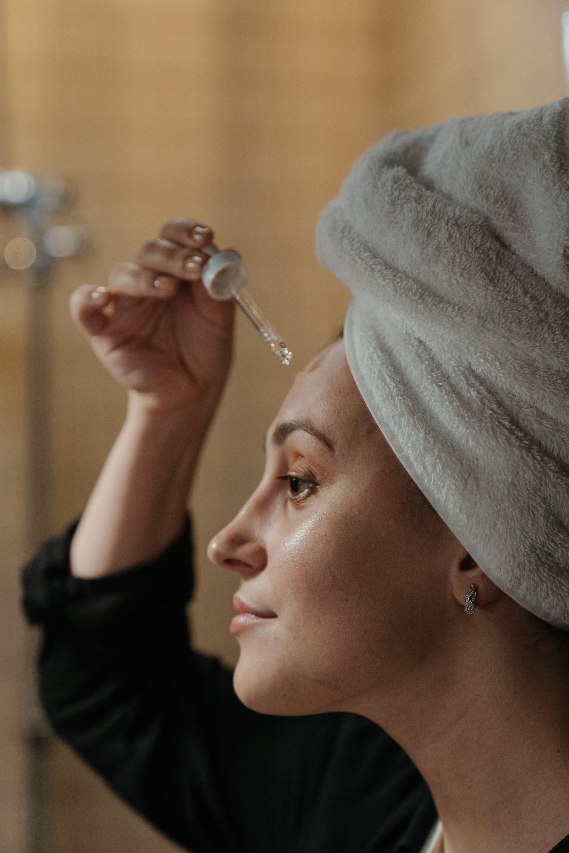 Rotina de skincare para pele seca: guia de cuidados completo