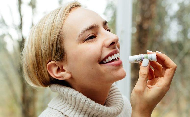 Como cuidar dos lábios no inverno: bye bye, ressecamento e rachaduras