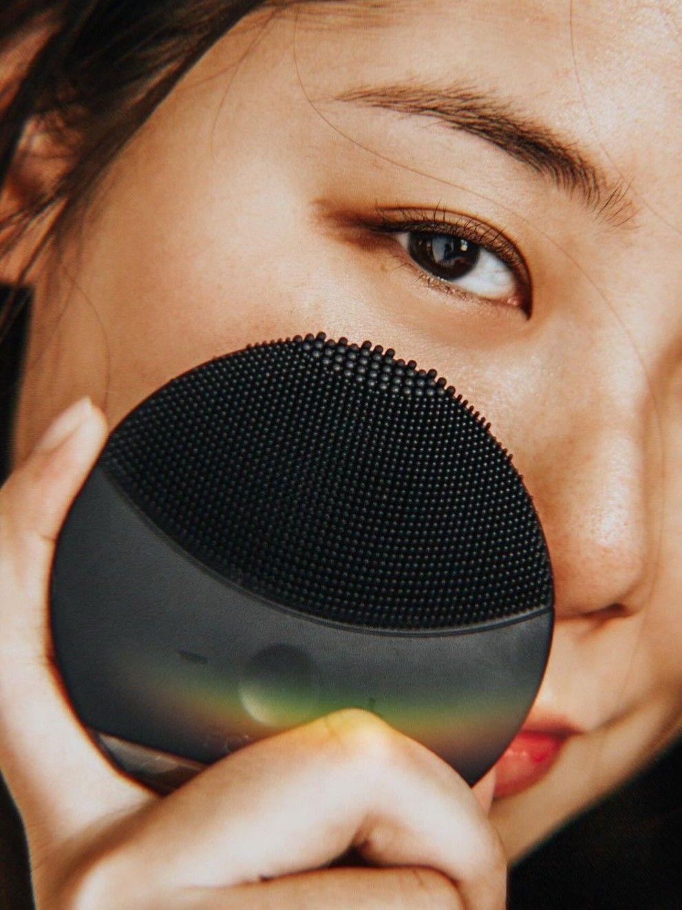 Limpador facial: o gadget que vai potencializar seu skincare