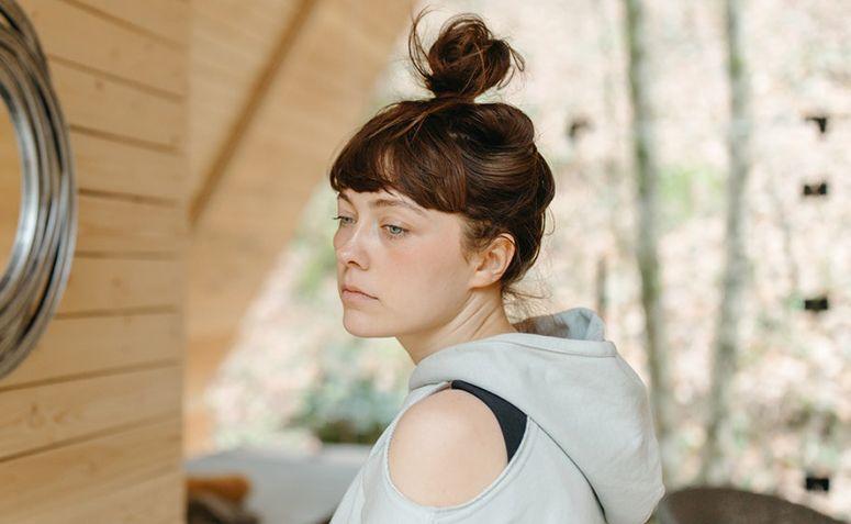 Como cuidar do cabelo oleoso: dicas e rotina diária